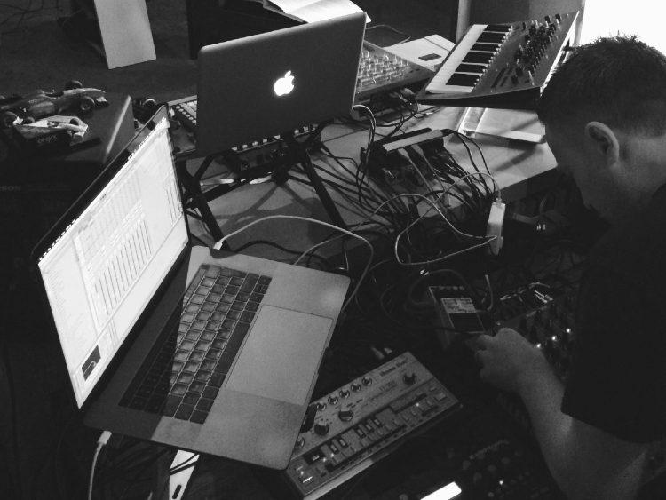 Tom Hades @ Soren's studio